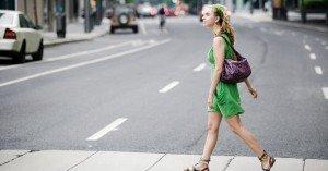 Mujer_caminando_1_1