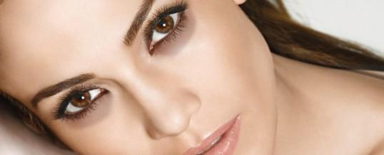 Elementos esenciales para un tratamiento natural contra las ojeras