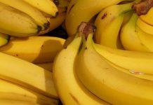 Un batido de plátano antes de dormir te hará sentir la diferencia.