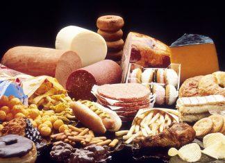 ¡No solo las drogas y ciertas sustancias generan adicción! En este espacio te contamos cuáles son esas 10 comidas que resultan altamente adictivas y el por qué sucede esto.