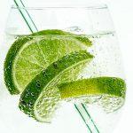Zumo de limón, apio y espinacas – Bebidas verdes