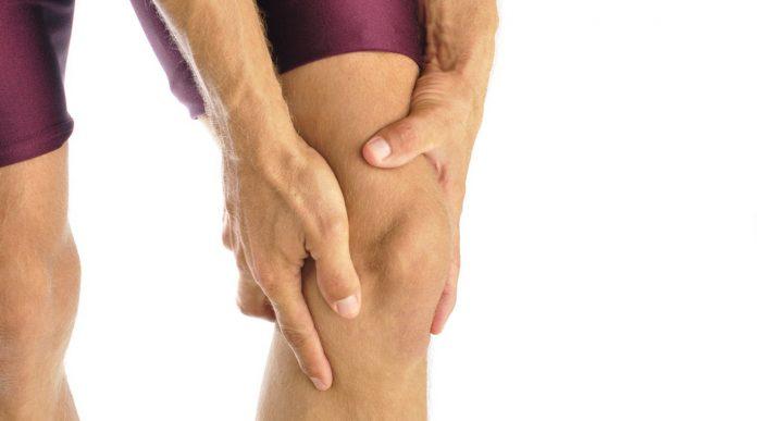El síndrome de la cintilla iliotibial, también es conocida como las rodillas de los corredores