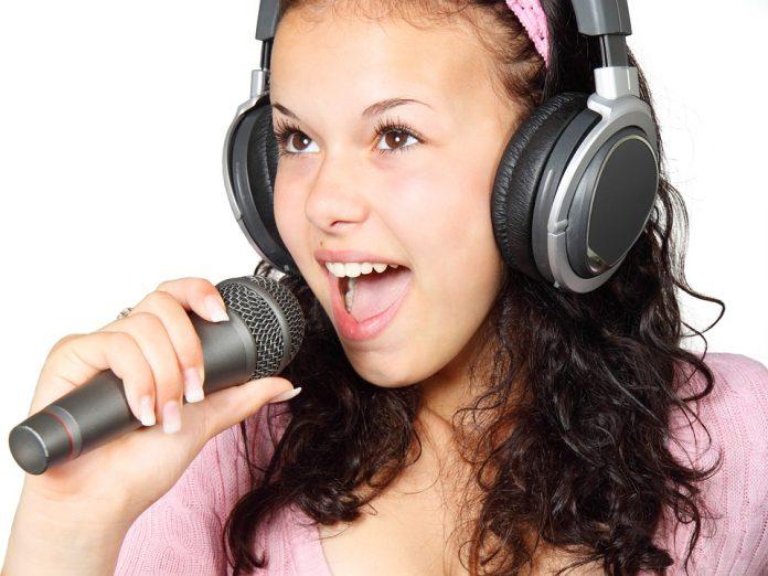 El método Wilfart; consiste en determinar con exactitud el tono de tu voz, para que puedas encontrar una armonía tanto interior como exterior. Con este método; se logran resultados rápidos, combinando la energía de la respiración, a través del canto y las posturas simples.