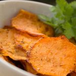 Batatas o boniatos horneados y crocantes, perfectos como snack