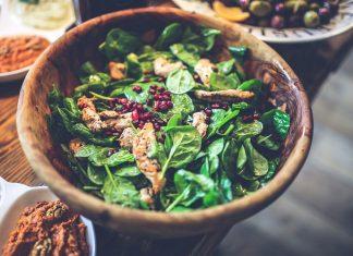 Espinacas, poderosas razones para incluirlas en la dieta