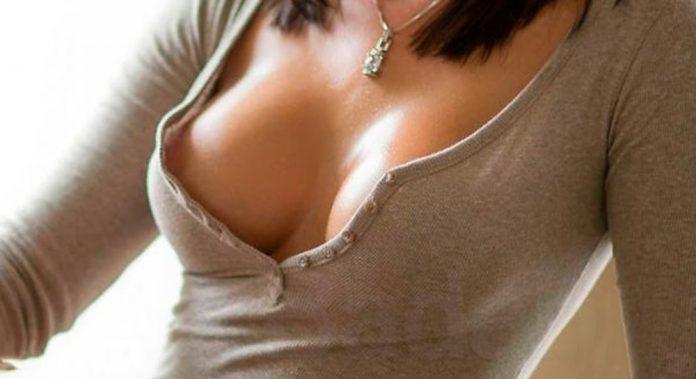Logra un orgasmo estimulando los senos