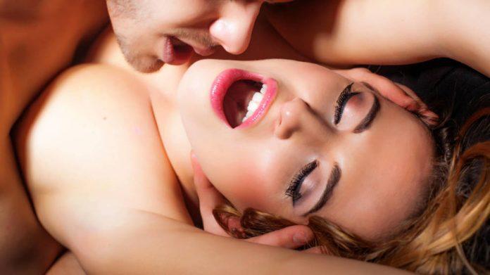 Auriga: la postura sexual que facilitará alcanzar el orgasmo