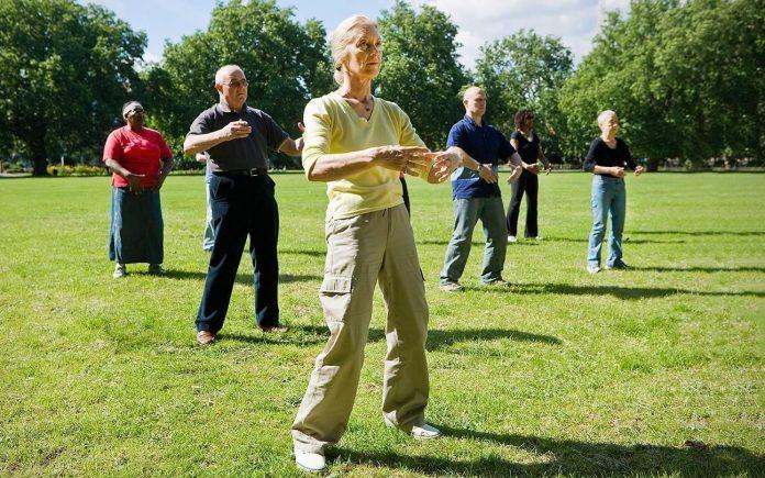 Razones por las que el taichi es un deporte ideal para las personas