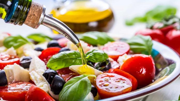 Beneficios de la dieta mediterránea para la salud / Imagen cortesía: noticiasaominuto.com